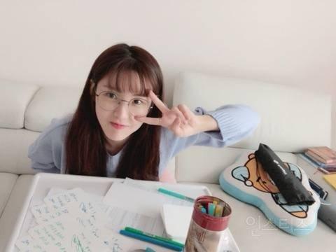 6 72 - 팬들을 위해 역대급 '역조공'한 여자 아이돌