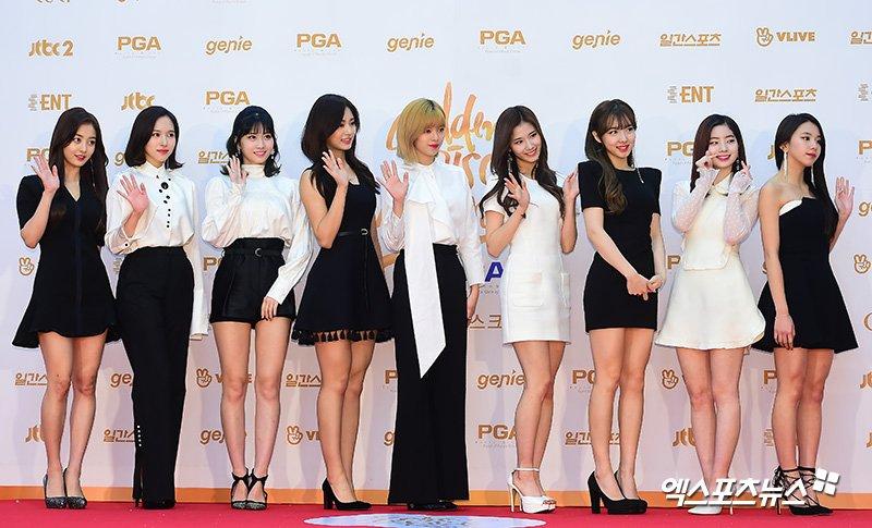 1515652420683134 - 소녀시대 '소원을 말해봐' 완벽 커버한 '트와이스 사나' 반응 폭발적