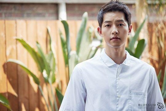 Kingdom Korean Drama p01 - 성형외과 의사들이 뽑은 완벽한 얼굴을 가진 연예인, 21명