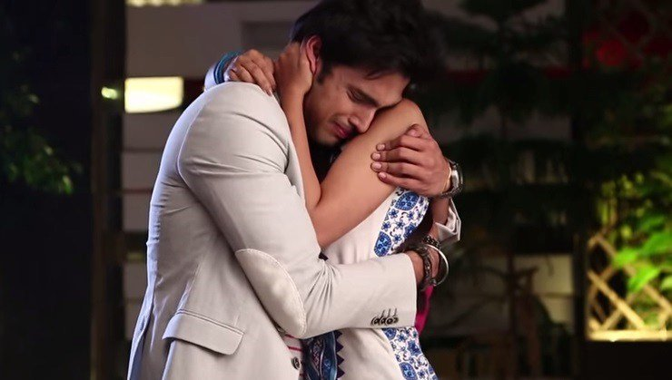 Manik And Nandini In Kaisi yeh Yaariyan 1 - 8 Different Types Of Hugs And What They Reveal About Your Relationship