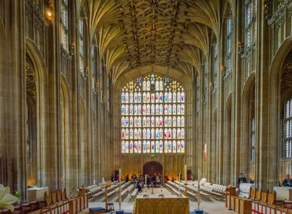 chapel 600x440 - 10 points qui prouvent que le mariage du prince Harry révolutionne la tradition royale!