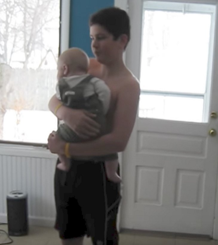 brobaby - Big Brother Hears Music And Grabs His Baby Brother. What He Did Next Will Melt Your Heart!