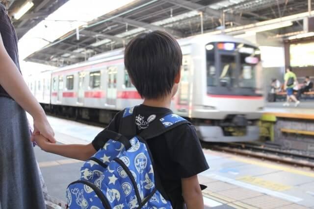 子ども 電車
