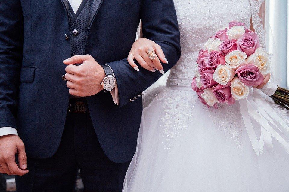 사람들, 커플, 남자, 여자, 여성, 소녀, 남성, 신부, 신랑, 결혼식, 가운, 드레스, 정장