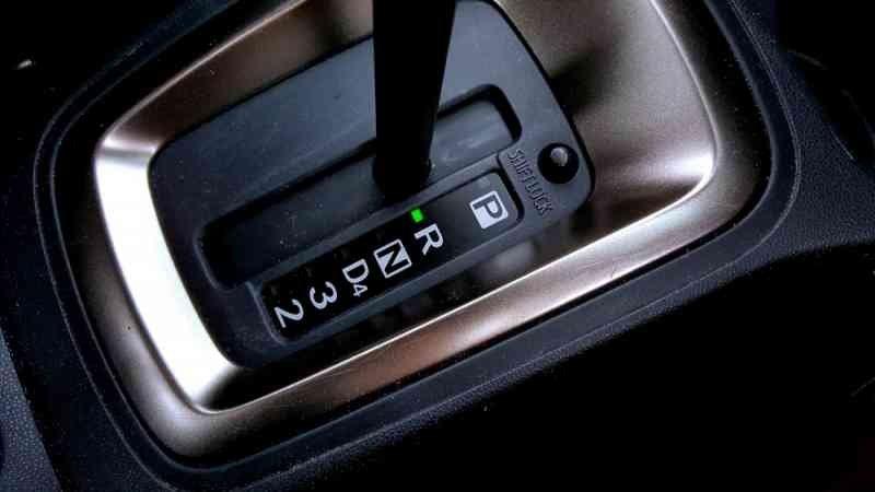 Auto mechanics advise
