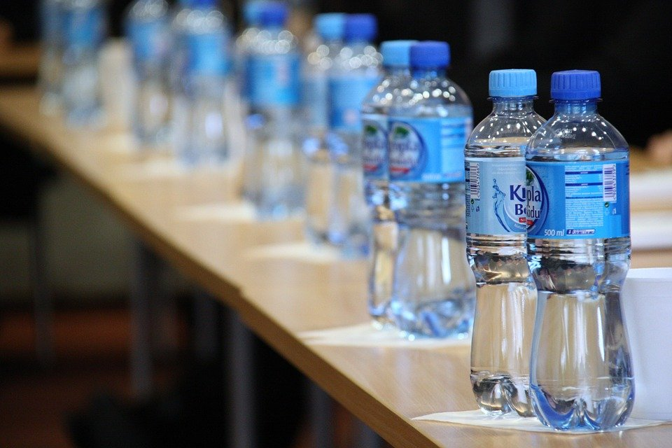 water 19659 960 720 - 술 마실 때 '구토'하지 않는 음주 꿀팁 6가지