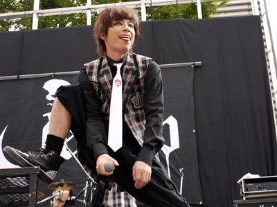 「バンドのライブ ロンブー淳」の画像検索結果
