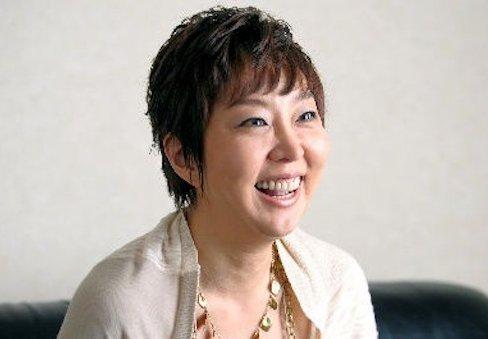 biographies yuzuki muroi activist DSgKNr5V4AEcInX - 経歴様々な室井佑月は今は活動家?