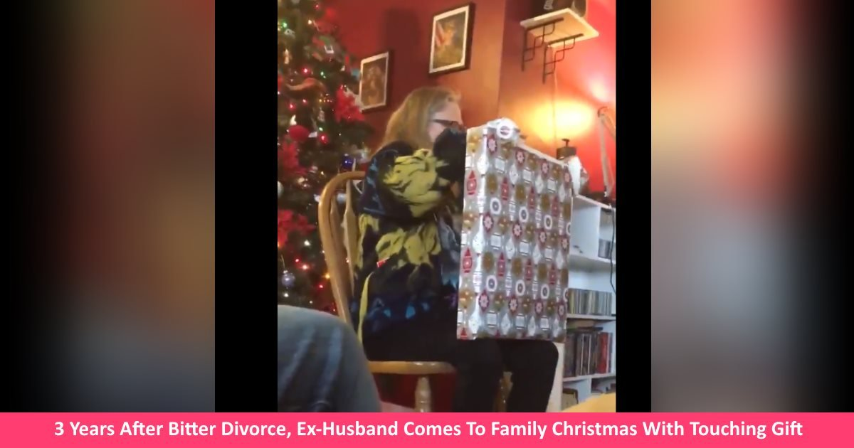 bitterdivorcegift.jpg?resize=1200,630 - 3 Years After Bitter Divorce, Ex-Husband Comes To Family Christmas With Gift That Leaves Everyone In Tears