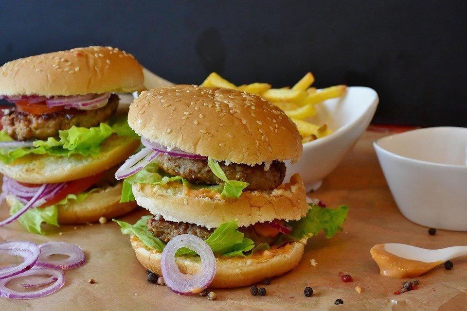 burger-2762371_960_720