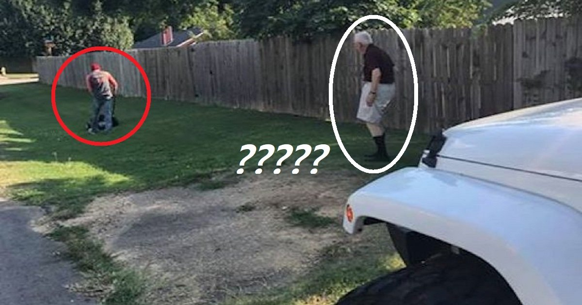 chriscarter3 1.jpg?resize=412,232 - Man Jumped Out Of His Car Just To Help An Old Man Mowing The Lawn