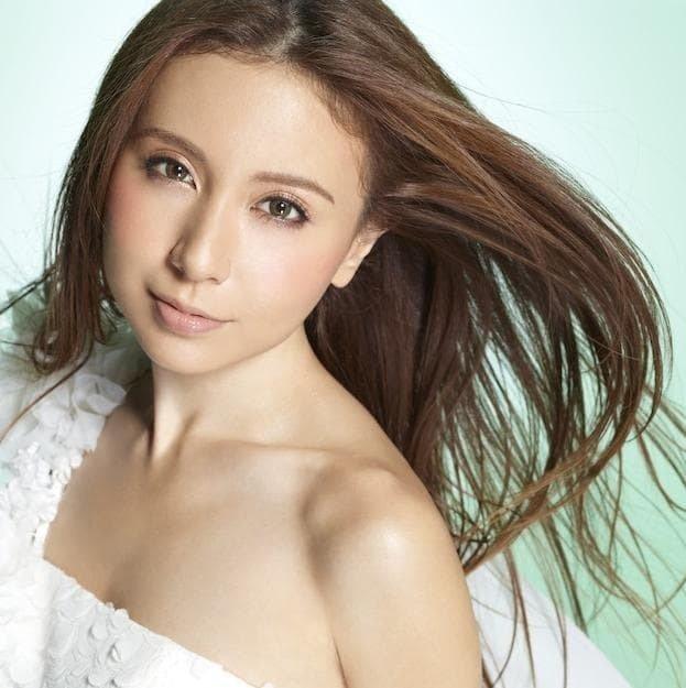 cover ultimatekaraoke singer mayj 7106c3f17c491fbee94e7025785a7759 - 究極のカラオケ歌手「may j」のカバー以外の曲って何がある?
