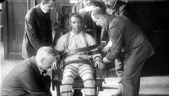 criminals severe electric chairs lainfo.es 38507 condenado espera ejecucion fines iecima20140524 0004 19 - 犯罪者に執行される刑の中でも特に厳しい電気椅子