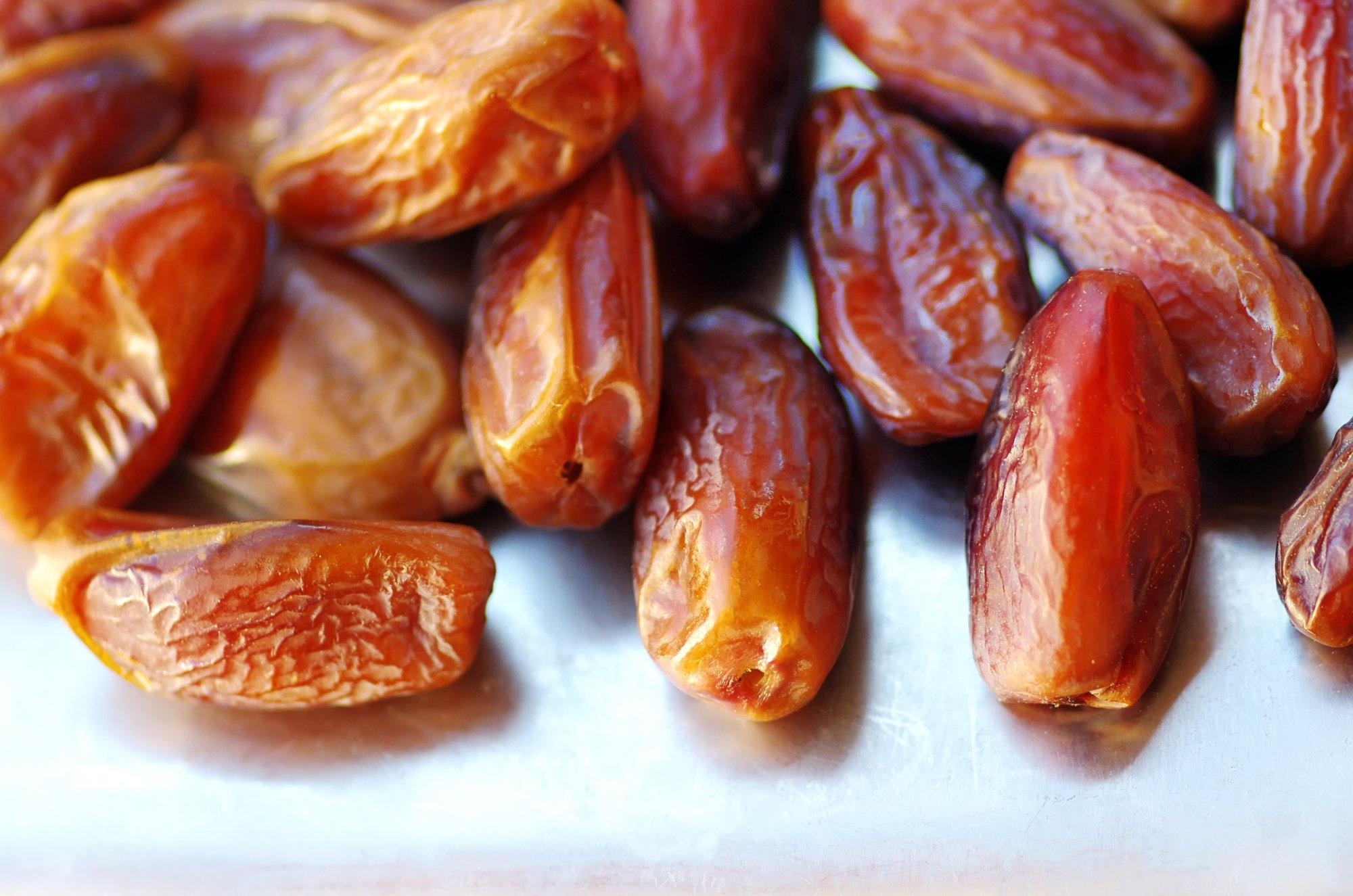 depositphotos 36132633 l 2015.jpg?resize=1200,630 - Mangez des dattes : On vous explique pourquoi c'est bon pour vous!