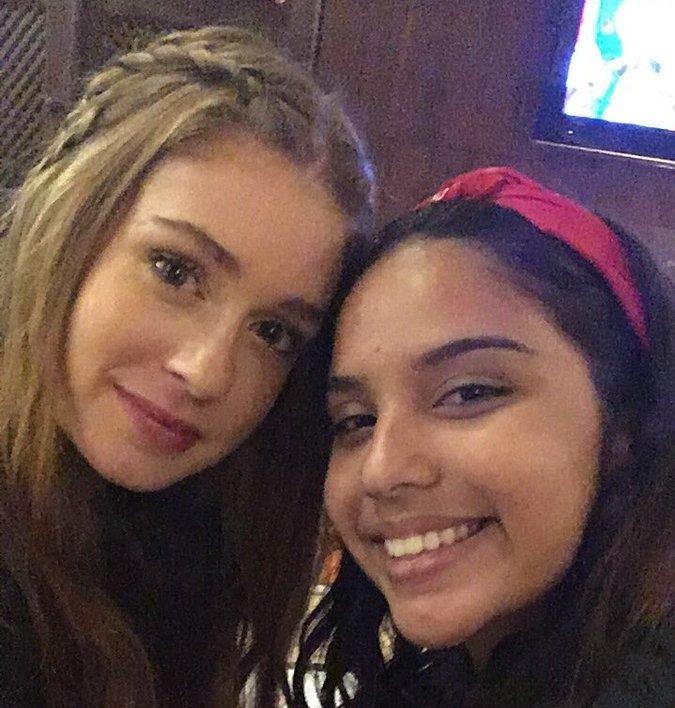 dttvi7gwaaa1kx4 e1515767373338.jpg?resize=648,365 - Fã tira selfie com Marina Ruy Barbosa graças à tweet que fez sobre atriz