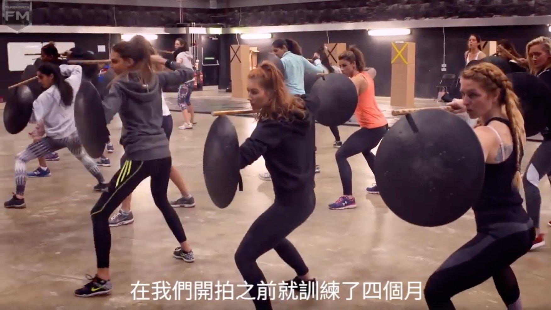 e89ea2e5b995e5bfabe785a7 2018 01 13 e4b88be58d882 27 47 - 《神力女超人》亞馬遜戰士如何養成?幕後團隊揭開訓練過程!