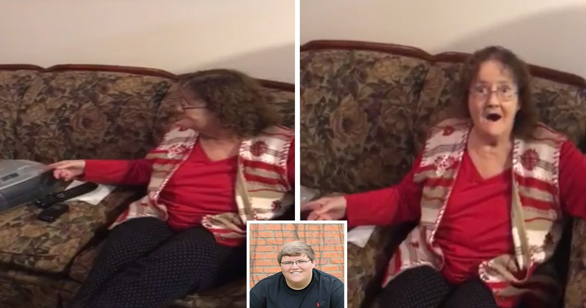 ec8db8eb84ac6 11 - Son and Grandson Recreate Mother's Song As a Christmas Present. Her Reaction is Priceless