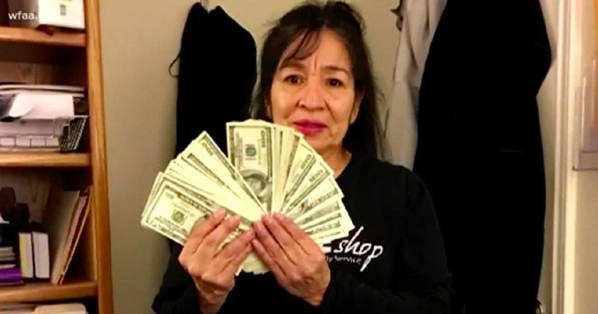 eca09cebaaa9 ec9786ec9d8c1 9 - Woman Finds $17,050 Inside An Old Coat Pocket Donated By An Elderly Woman