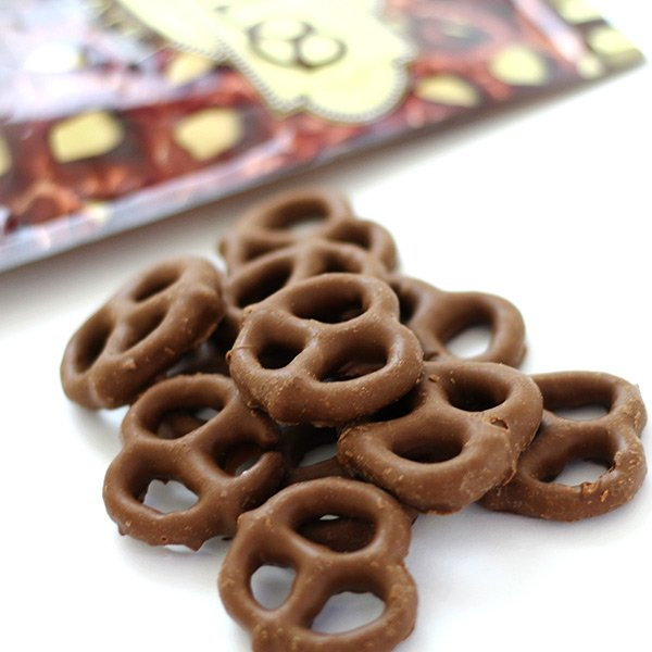 Image result for プレッツェル チョコレート