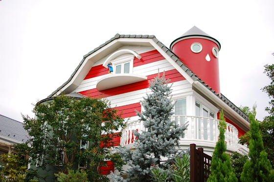 img 0 28.jpg?resize=1200,630 - 吉祥寺にある楳図かずおの家「まことちゃんハウス」が訴えられた?!
