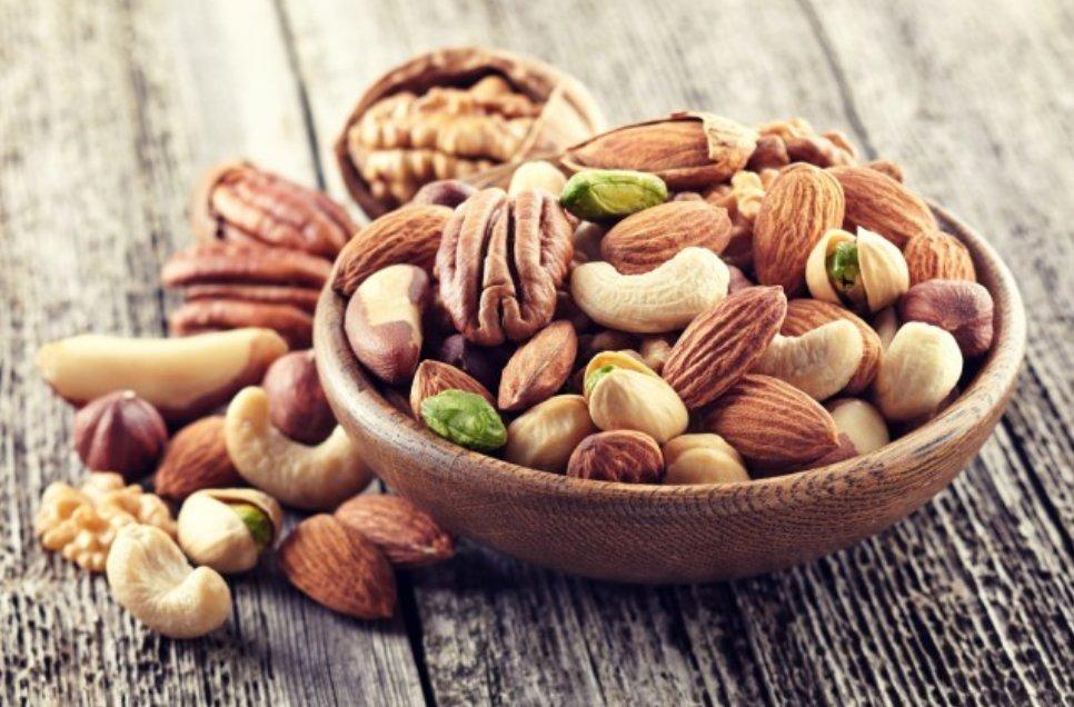 img 5a4c7630a2d7f - ナッツの食べ過ぎには注意!下痢とか健康状態が悪くないことも!