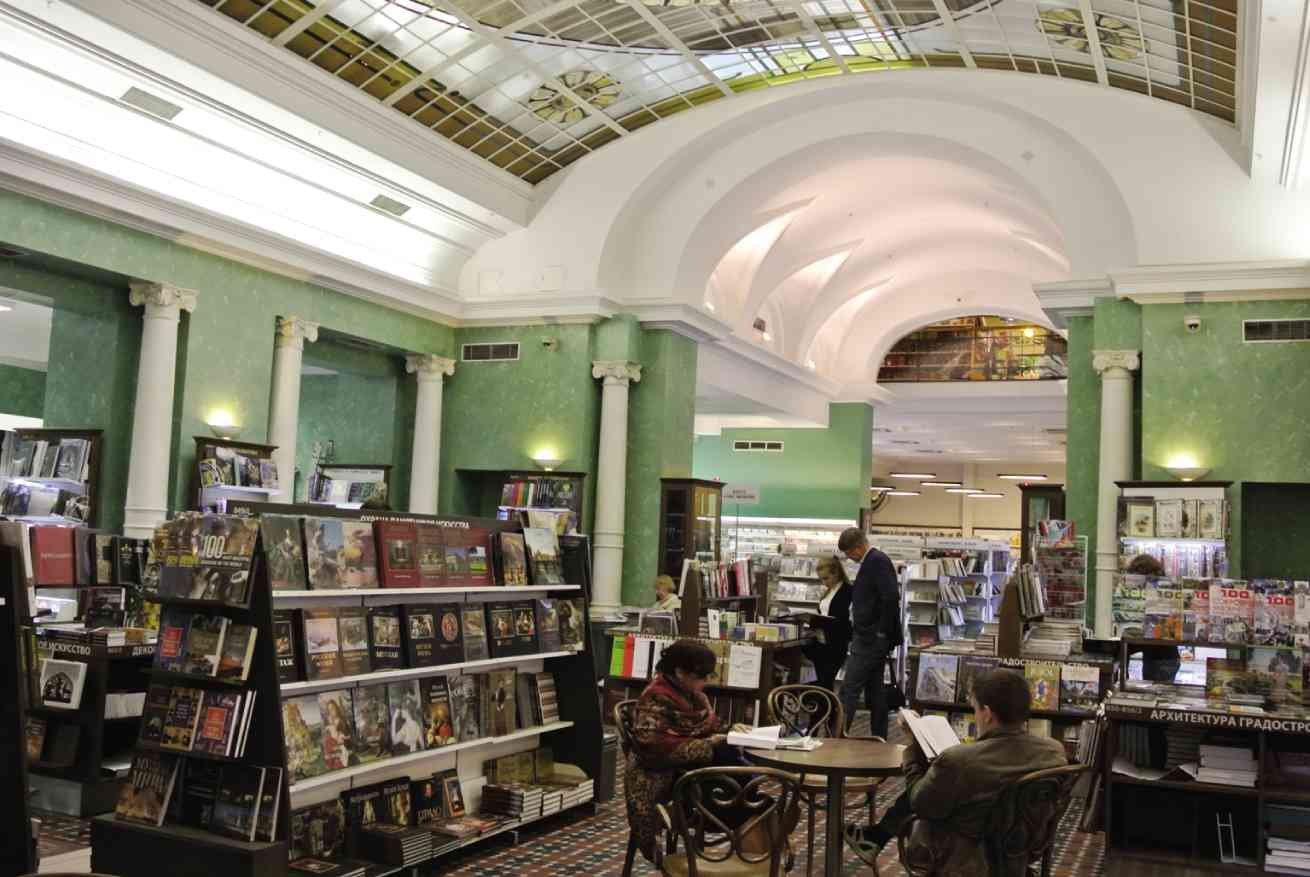 img 5a568ab2a56a0 - 旅行時不喜歡上山下海? 12間必訪世界最大文青書店讓你流連忘返