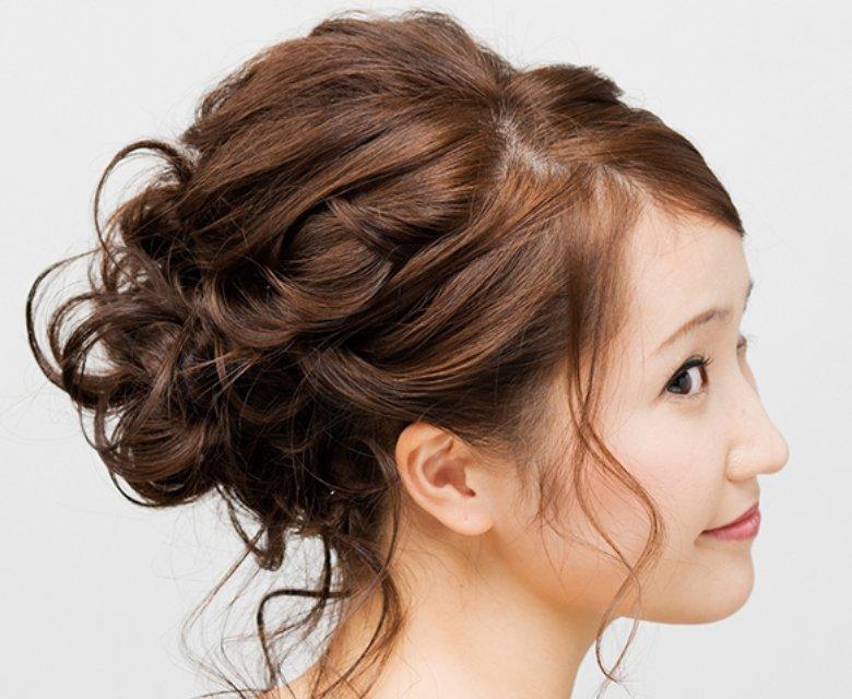 img 5a570ae73df24.png?resize=1200,630 - 長さ別結婚式の髪型マナー!ロングでもショートでも大丈夫