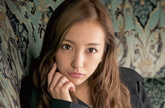 img 5a58b6babed7f.png?resize=648,365 - 板野友美のアヒル口が不評!その理由はやっぱり整形!?