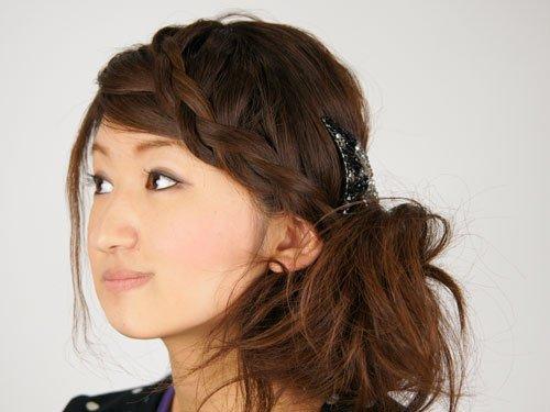 img 5a58ba636c96f.png?resize=648,365 - 面長の人がまとめ髪をするときのコツはこれだった!!
