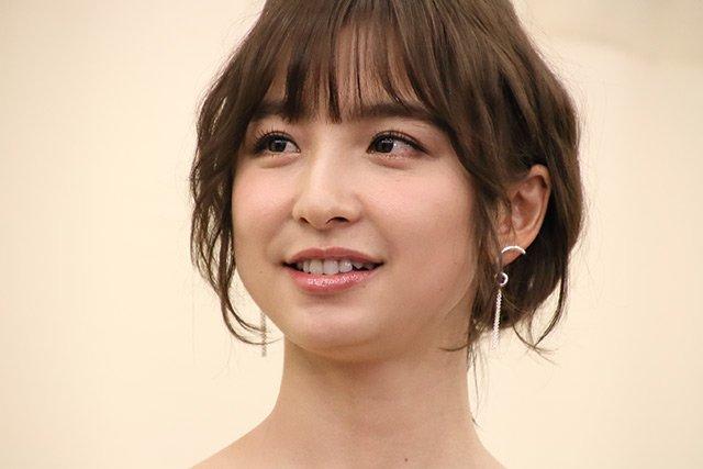 img 5a58e9ff055b7 - 篠田麻里子って性格悪いと噂されてるけど、どこまで本当なの?