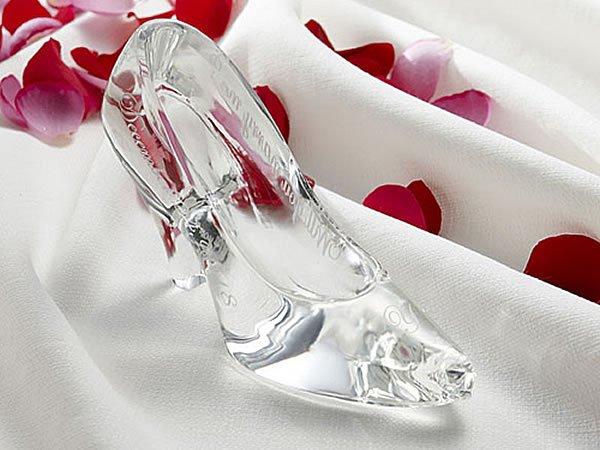 img 5a642fa948fa8.png?resize=1200,630 - ディズニーでガラスの靴がゲットできる?購入できる3つの場所は?