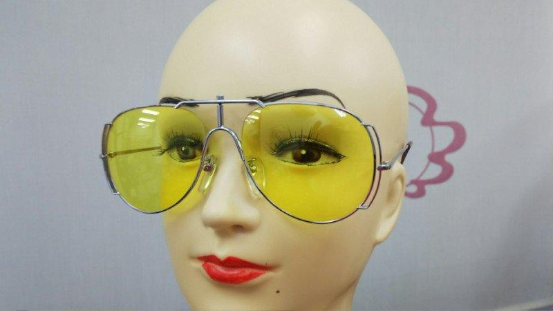 img 5a65d01020f27 - メガネのカラーレンズ!それぞれの特徴や違いって?