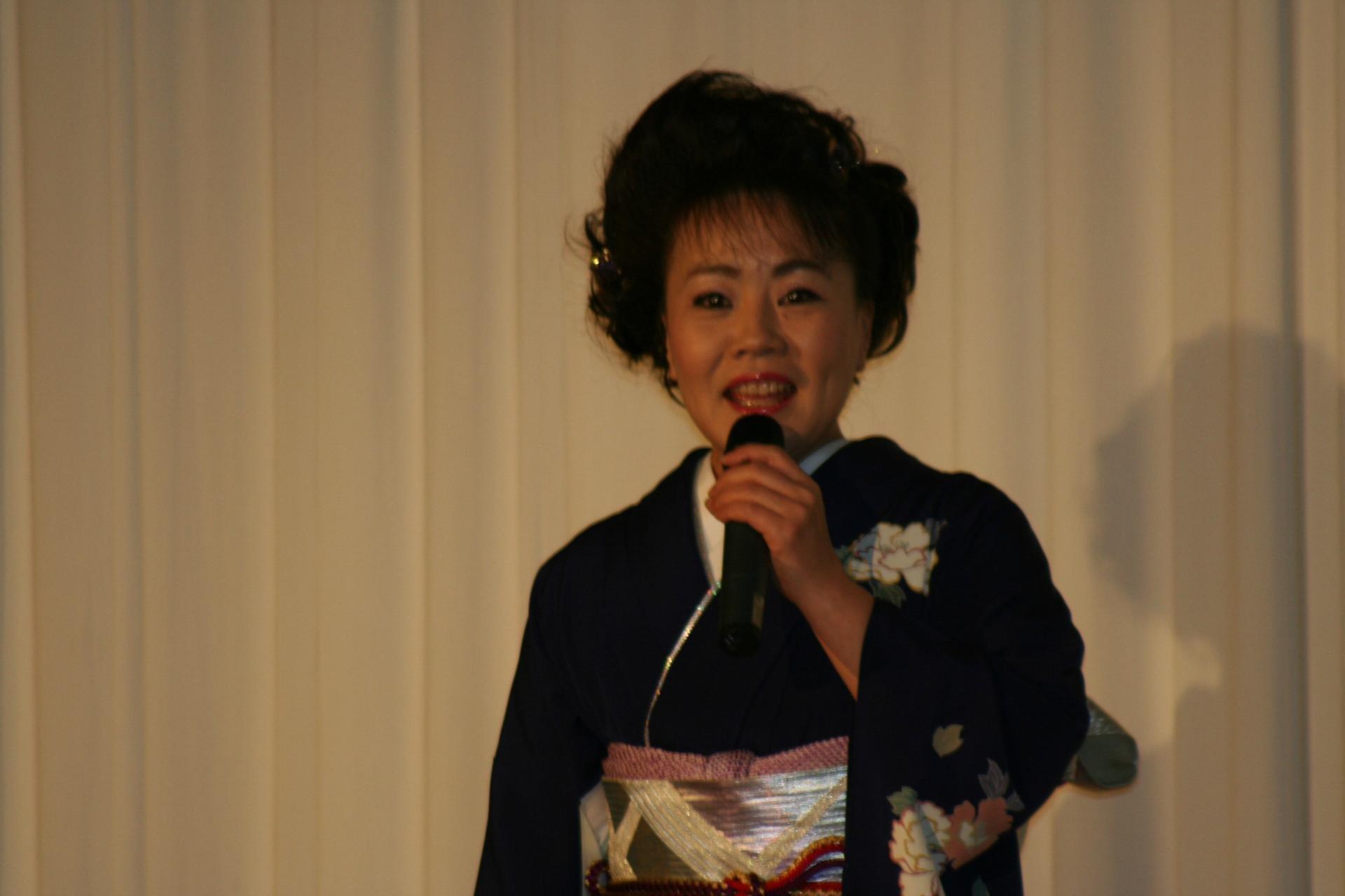 img 5a6d3c7a86e6e.png?resize=1200,630 - 麻生圭子さんの人気ブログ「京都のしずく」とは