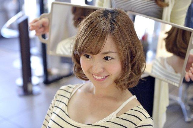 img 5a6f189d32c10.png?resize=1200,630 - 前髪は自分で切る?美容院で切る?美容院がおすすめな理由とは