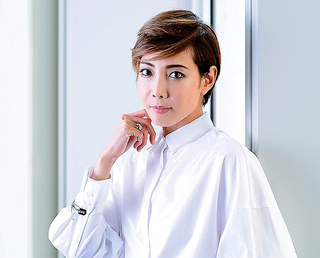 img 5a708b88d3d37.png?resize=1200,630 - 宝塚の人気男役トップでメジャーなイケメン女優ランキングTOP3