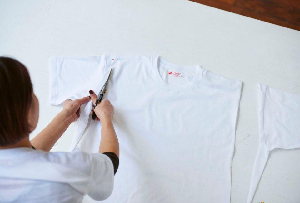 img 5a714ecb1f852.png?resize=1200,630 - 自分でできるtシャツリメイク!袖・首回りのカットテク