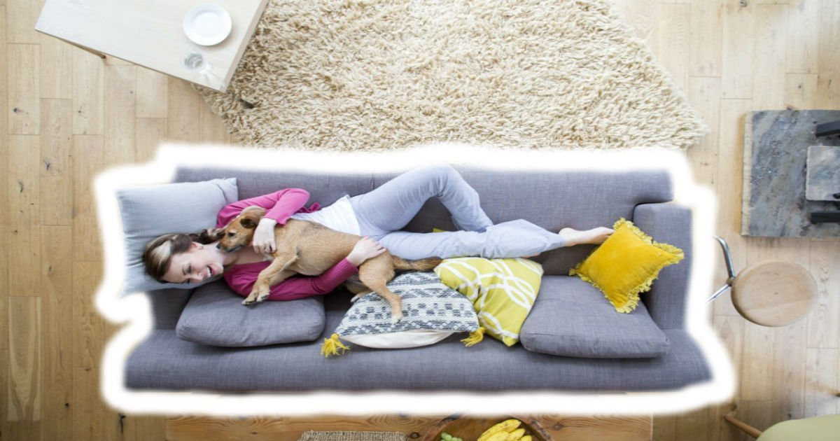 istock 637766876.jpg?resize=1200,630 - Illustrator captures the perfect moments of living alone
