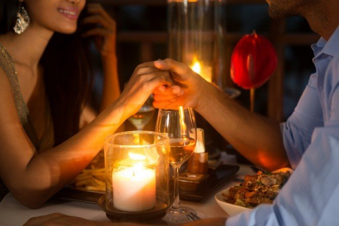 izakaya first date his psychology iStock 84398381 SMALL - 初デートで居酒屋はあり?初デートに誘う彼の心理を3つの理由