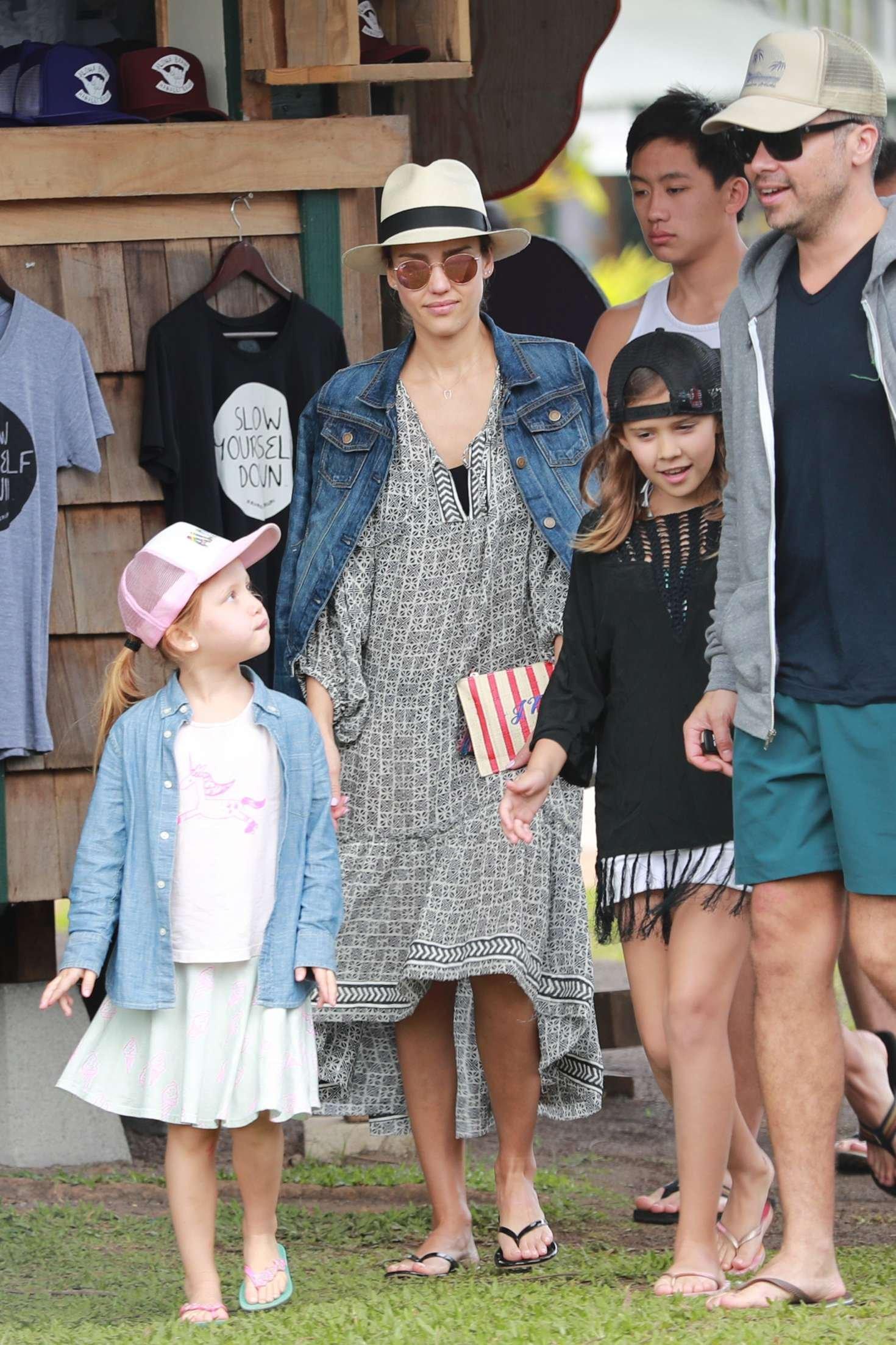 jessicaalba4 - Jessica Alba Welcomes Her 3rd Child, Hayes Alba Warren