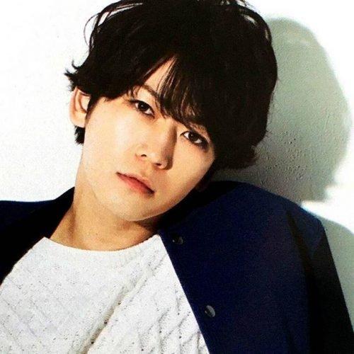 kamenashi kazuya osyare image c74a428f90b35b76048e7d9c21c279a0 e1490431920947 - どんな髪型も似合っちゃう!亀梨和也さんのおしゃれ画像