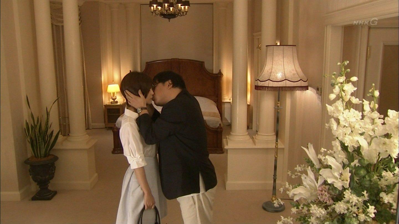 kuninaka ryoko kiss scene 20140224 takeyama 27 - 国仲涼子のキスシーンが凄いらしい!話題のキスシーン徹底研究