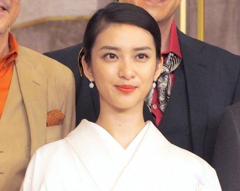 marriage takahiro takei saki 2093872 201707100378539001499665718c - EXILEタカヒロと武井咲の結婚は大問題!デキ婚で事務所が大激怒?