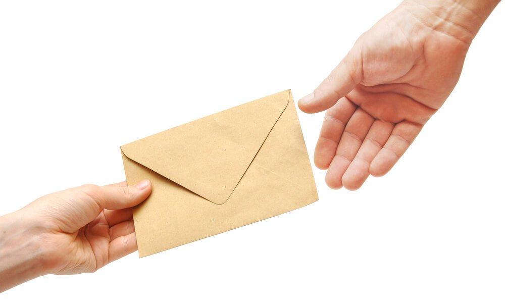 手紙 渡す에 대한 이미지 검색결과
