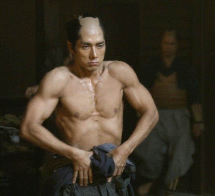 西島秀俊 筋肉에 대한 이미지 검색결과