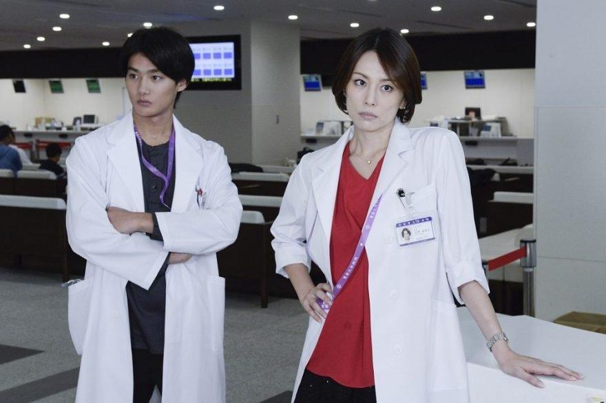 over20audience doctorx popular nomurayonekura2 880x586 - 視聴率20%超え?「ドクターx」の人気の理由は?