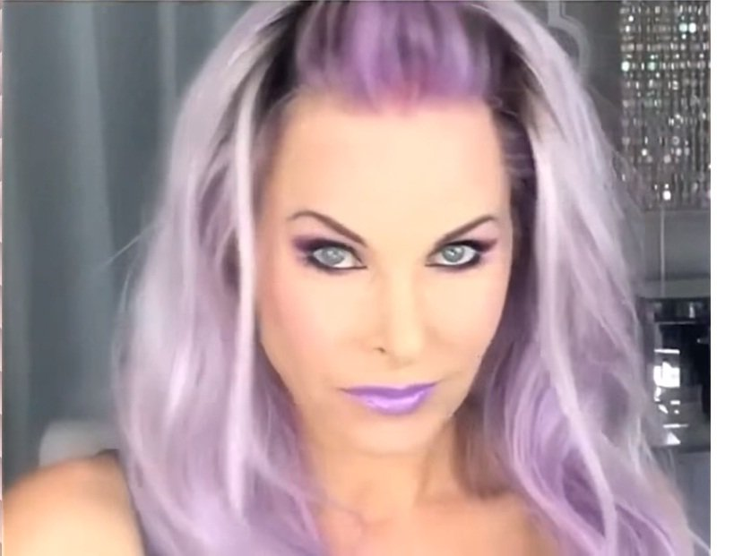 Dez-cinzento-para-púrpura-deusa-5