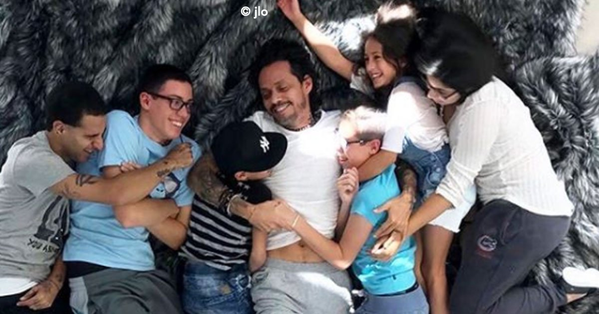 portada 22.jpg?resize=1200,630 - Marc Anthony tiene 5 hijos y todos se parecen a él