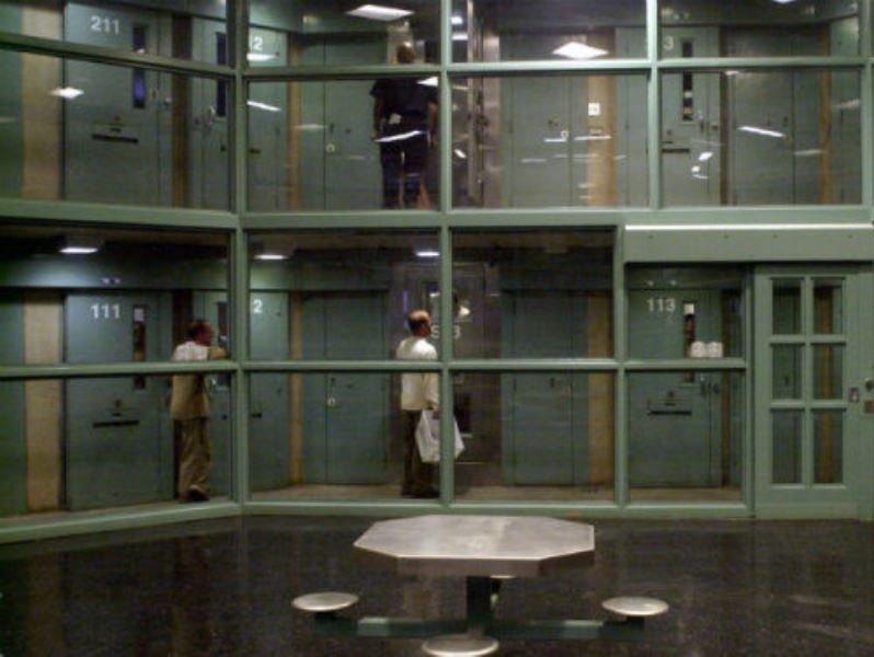prisiones14
