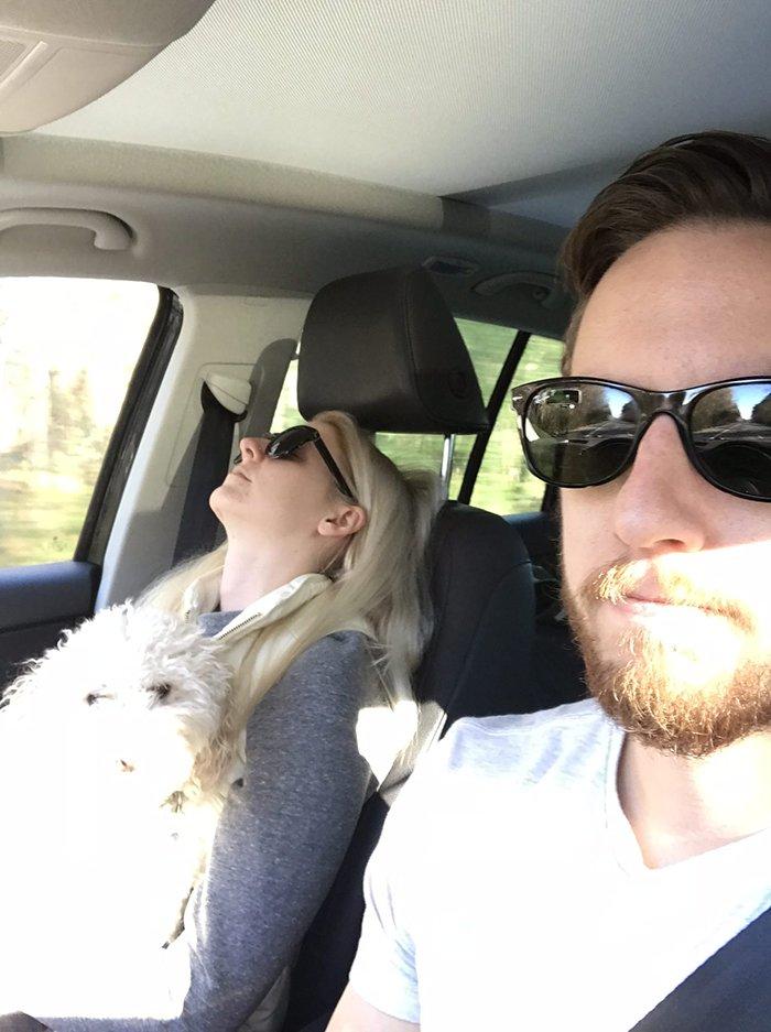 road-trip-sleeping-wife-pictures-husband-mrmagoo21-9-5a434c8ea2b60__700