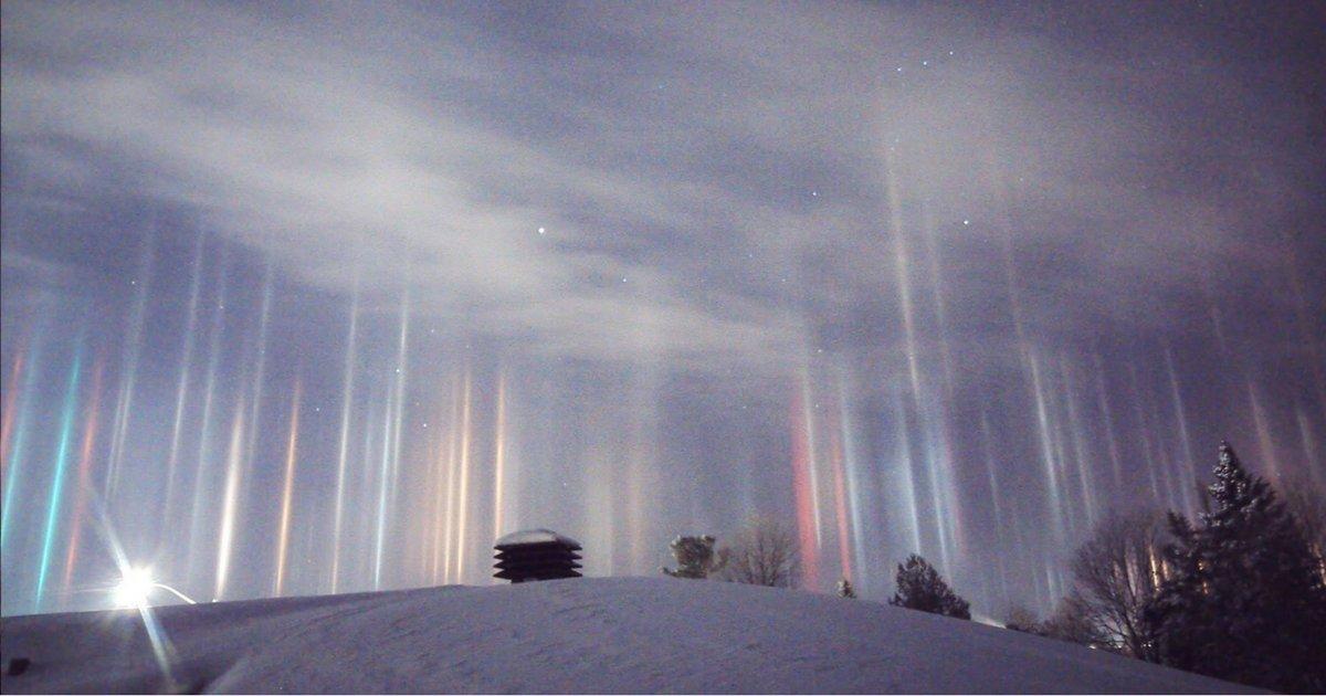 sans titre 5.png?resize=1200,630 - Des lumières multicolores ont illuminé le ciel canadien, et c'est à couper le souffle